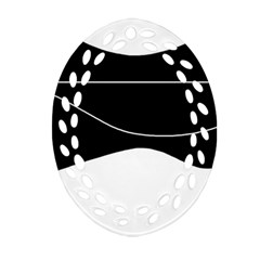 Black and white Oval Filigree Ornament (2-Side)