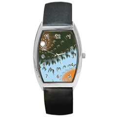 Sun Ray Swirl Pattern Barrel Style Metal Watch