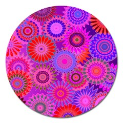 Funky Flowers C Magnet 5  (Round)