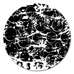 Black and white confusion Magnet 5  (Round)