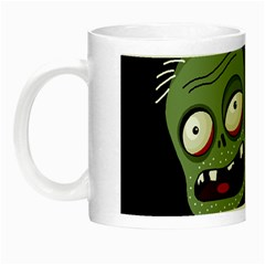 Halloween zombie on the cemetery Night Luminous Mugs