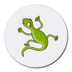 Green lizard Round Mousepads