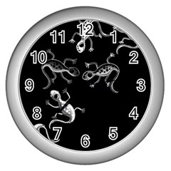 Black and white lizards Wall Clocks (Silver)
