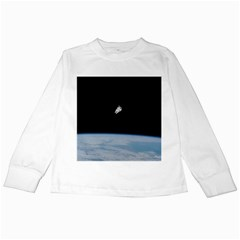 Astronaut Floating Above The Blue Planet Kids Long Sleeve T-Shirts