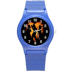 Heart Love Flame Girl Sexy Pose Round Plastic Sport Watch (S)