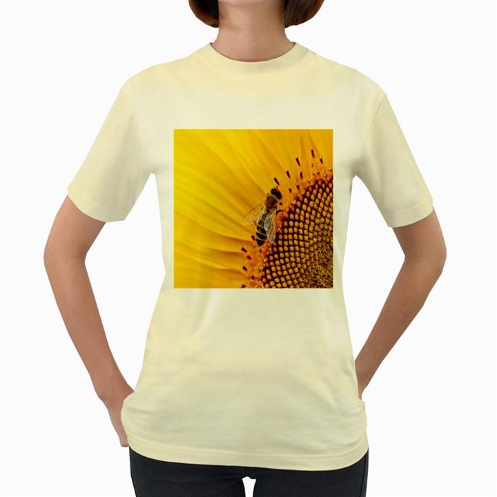 Sun Flower Bees Summer Garden Women s Yellow T-Shirt