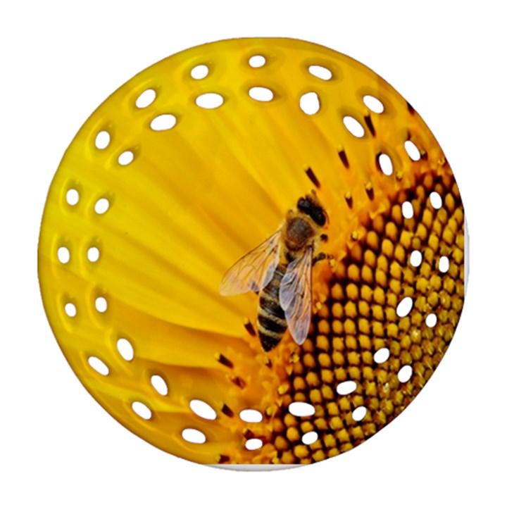 Sun Flower Bees Summer Garden Ornament (Round Filigree)