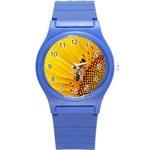 Sun Flower Bees Summer Garden Round Plastic Sport Watch (S) Front