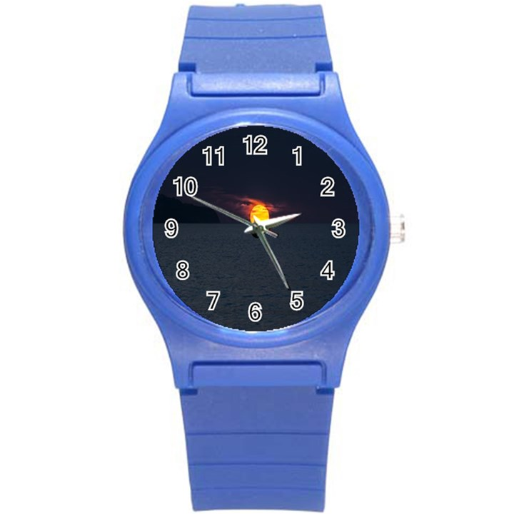 Sunset Ocean Azores Portugal Sol Round Plastic Sport Watch (S)