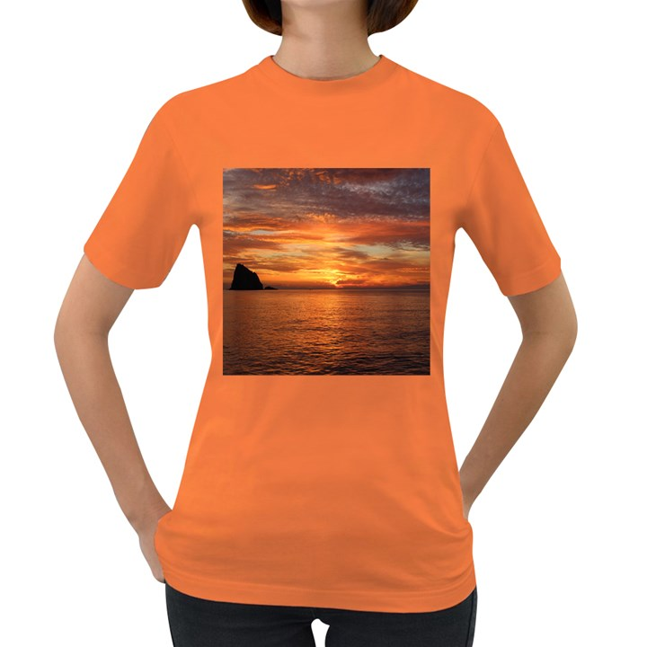 Sunset Sea Afterglow Boot Women s Dark T-Shirt