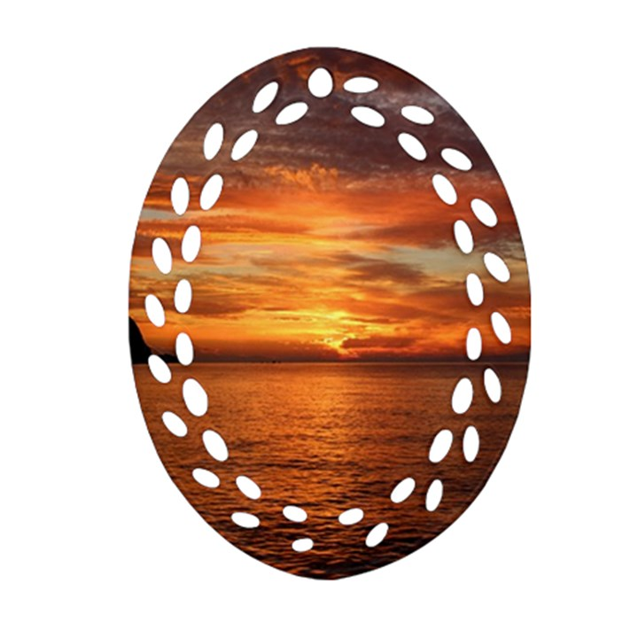 Sunset Sea Afterglow Boot Ornament (Oval Filigree)