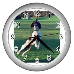 English Springer Catching Ball Wall Clocks (Silver)