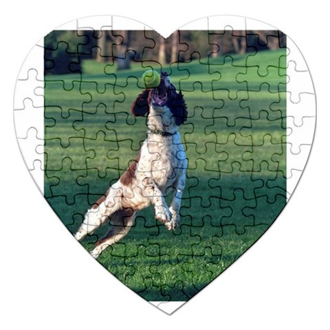 English Springer Catching Ball Jigsaw Puzzle (Heart)