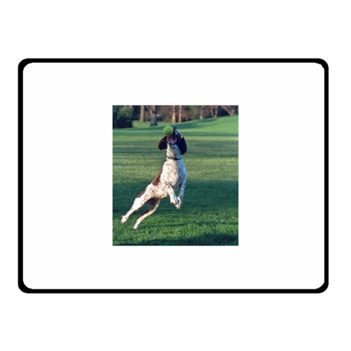 English Springer Catching Ball Fleece Blanket (Small)