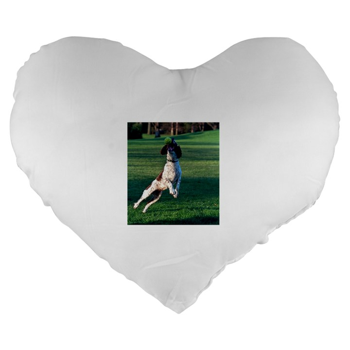 English Springer Catching Ball Large 19  Premium Heart Shape Cushions