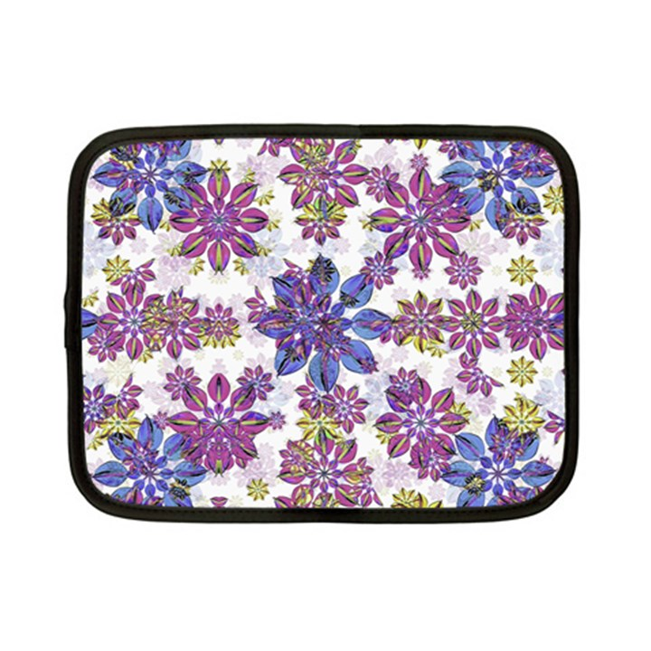 Stylized Floral Ornate Pattern Netbook Case (Small)