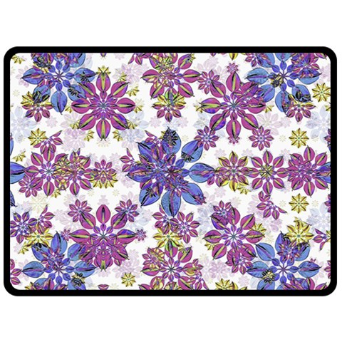 Stylized Floral Ornate Pattern Fleece Blanket (Large)