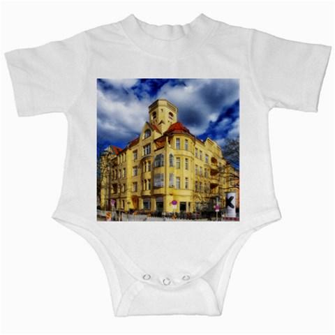 Berlin Friednau Germany Building Infant Creepers