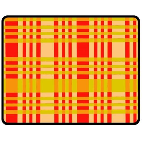 Check Pattern Fleece Blanket (Medium)