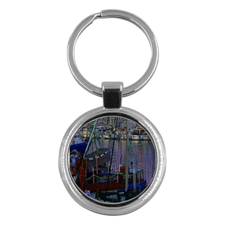 Christmas Boats In Harbor Key Chains (Round)