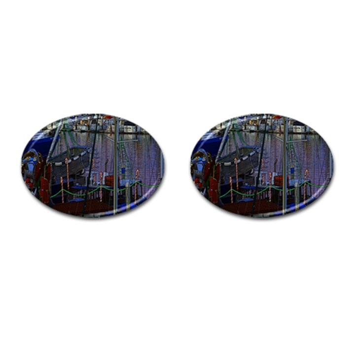 Christmas Boats In Harbor Cufflinks (Oval)