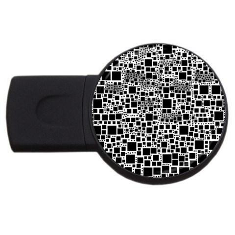 Block On Block, B&w USB Flash Drive Round (4 GB)