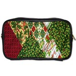 Christmas Quilt Background Toiletries Bags Front