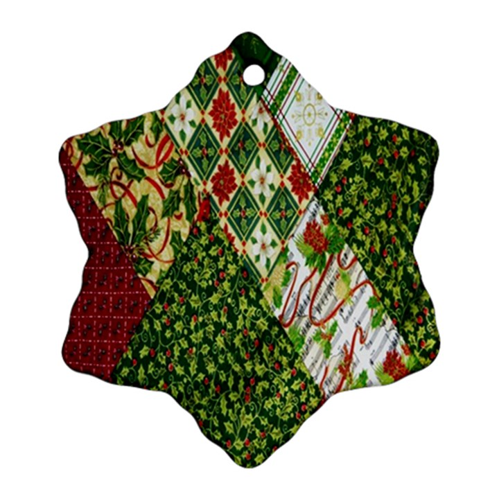 Christmas Quilt Background Ornament (Snowflake)