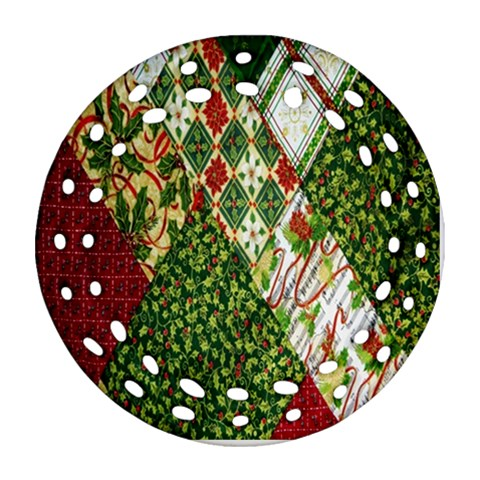 Christmas Quilt Background Round Filigree Ornament (2Side)