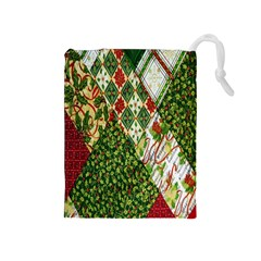 Christmas Quilt Background Drawstring Pouches (Medium)
