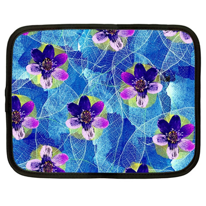 Purple Flowers Netbook Case (XXL)