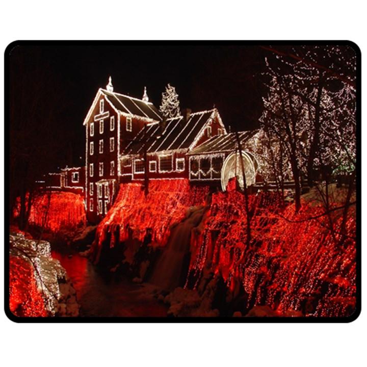 Clifton Mill Christmas Lights Fleece Blanket (Medium)