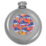 Little Flying Pigs Round Hip Flask (5 oz) Front