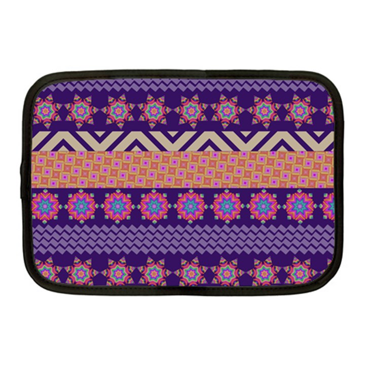 Colorful Winter Pattern Netbook Case (Medium)
