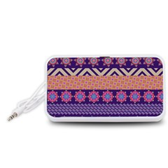 Colorful Winter Pattern Portable Speaker (white)