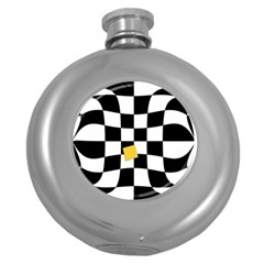 Dropout Yellow Black And White Distorted Check Round Hip Flask (5 Oz)