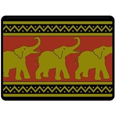 Elephant Pattern Fleece Blanket (Large)