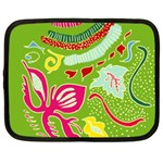 Green Organic Abstract Netbook Case (Large) Front