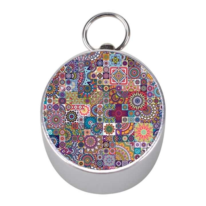 Ornamental Mosaic Background Mini Silver Compasses