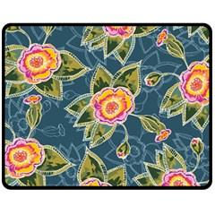 Floral Fantsy Pattern Fleece Blanket (Medium)