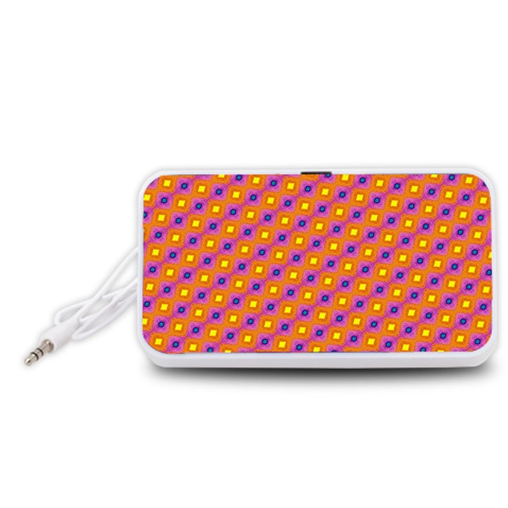 Vibrant Retro Diamond Pattern Portable Speaker (White)