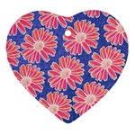 Pink Daisy Pattern Ornament (Heart)  Front