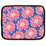 Pink Daisy Pattern Netbook Case (Large) Front