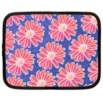 Pink Daisy Pattern Netbook Case (XXL)  Front