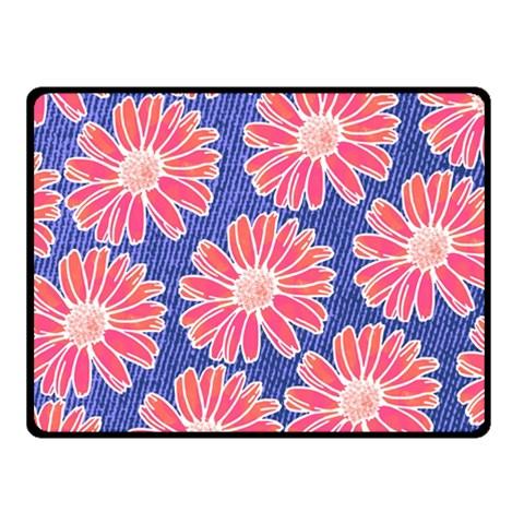 Pink Daisy Pattern Fleece Blanket (Small)