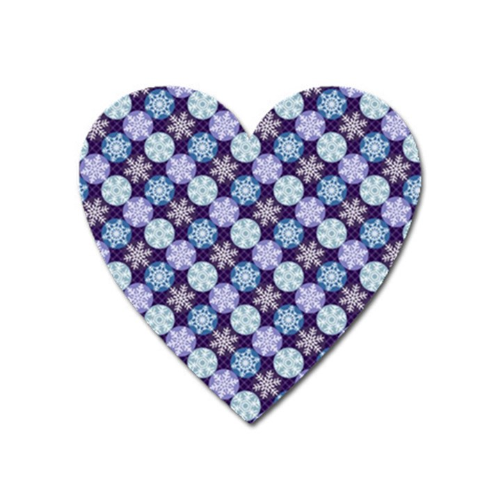 Snowflakes Pattern Heart Magnet