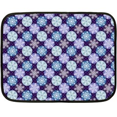 Snowflakes Pattern Double Sided Fleece Blanket (Mini)