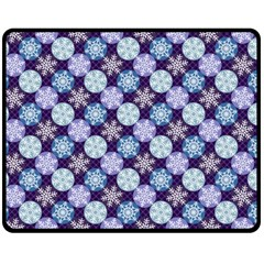 Snowflakes Pattern Double Sided Fleece Blanket (Medium)