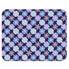 Snowflakes Pattern Double Sided Flano Blanket (medium)