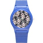 Winter Beautiful Foliage  Round Plastic Sport Watch (S) Front